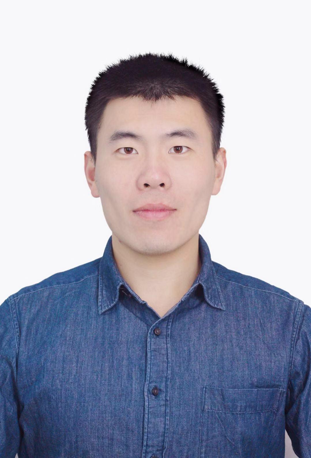 Xunhui Zhang(张迅晖)